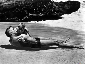 hot_kiss_on_the_beach_from_here_to_eternity