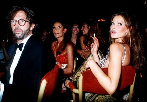 1992: Carla Bruni con Eric Clapton benefit for rain forests