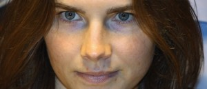 Amanda Knox, 20 anni al momento dell'omicidio. Americana e di buona famiglia.