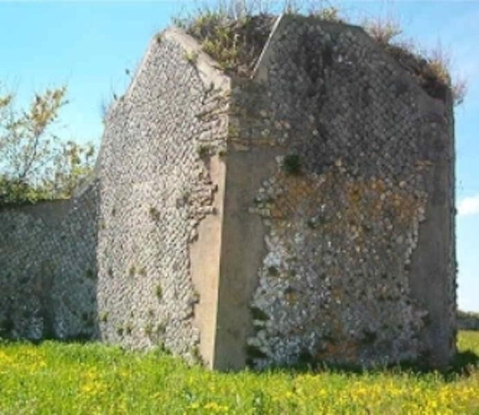 Telesia, rudere delle mura, in opus quasi reticulatum