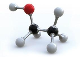 Una molecola di etanolo: in nero il carbonio, in rosso l'ossigeno, in bianco l'idrogeno.