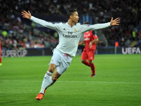 Cristiano Ronaldo è nato il 5 febbraio 1985 a Santo António (Portogallo).