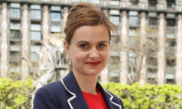 """La deputata britannica Jo Cox, sostenitrice dell'importanza della diversità etnica, assassinata  da un """"folle"""", nel giugno 2016."""