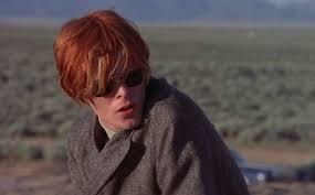 Al cinema come nella vita, David Bowie è l'alieno più figo mai caduto sulla Terra