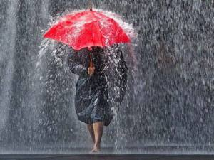 ci vuole un ombrello rosso ...