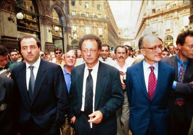 """I pm del pool """"Mani pulite"""", la serie di inchieste che, nel 1992, permise di scoprire il giro di corruzione che prese il nome di """"Tangentopoli""""."""
