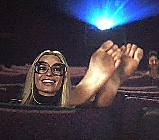 Margot Robbie ci va amare ancora di più questo film e il cinema intero