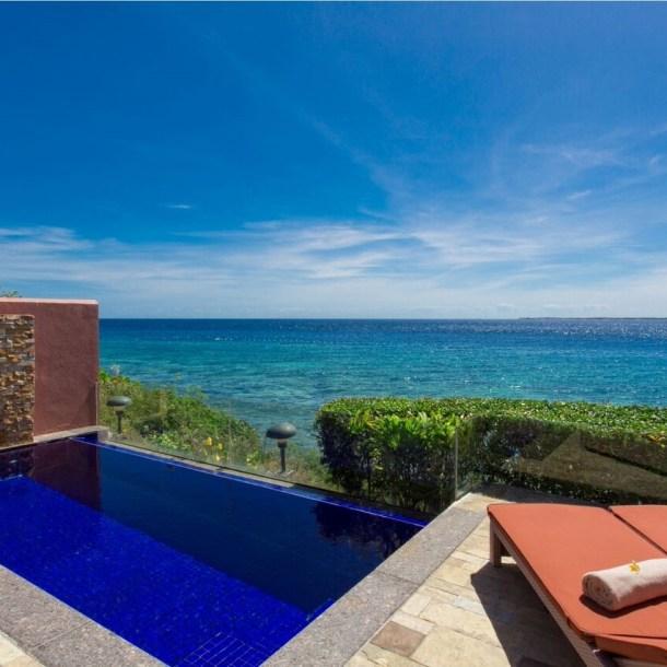 luxeinacity crimson resort spa philippines