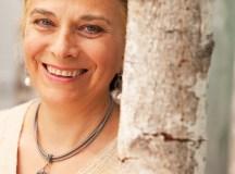 Entretien avec Claudine Reinhard, directrice générale de Dr. Hauschka