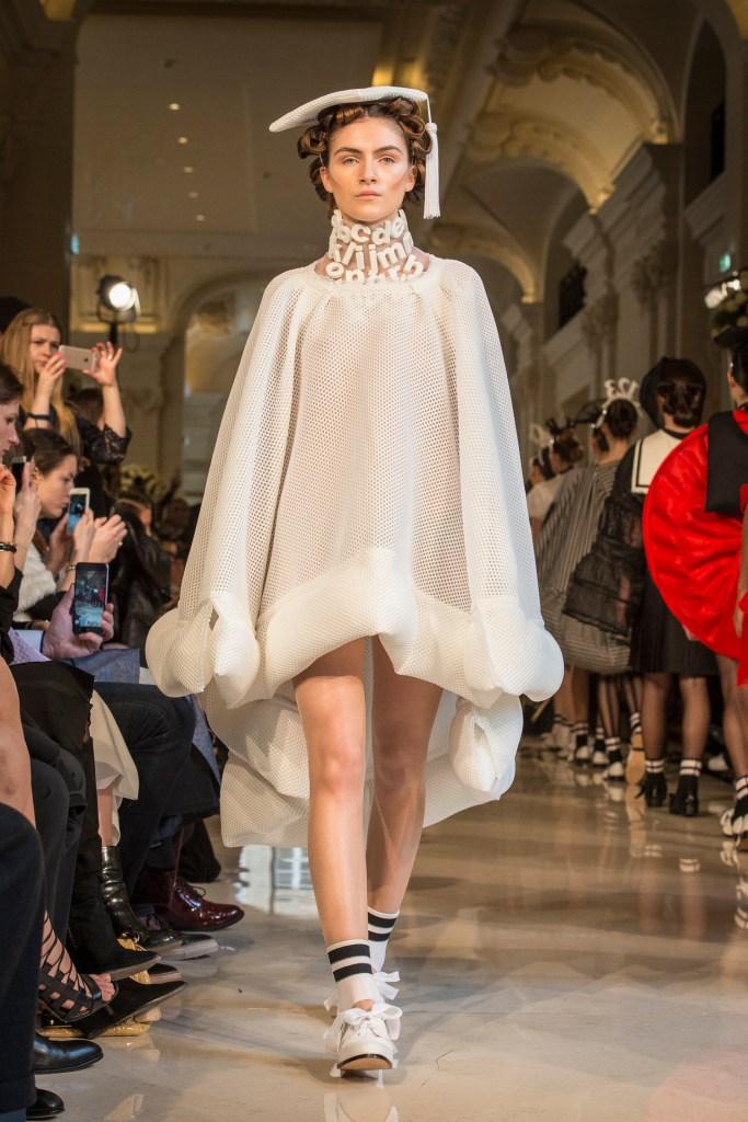 Bowie Wong : Paris Fashion Week – Haute Couture Printemps Été 2016