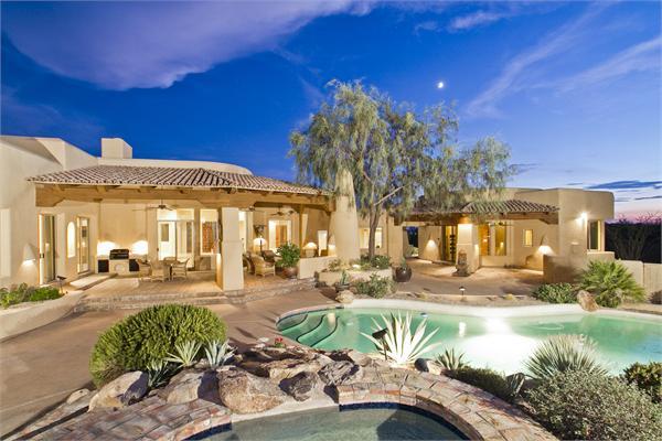 9 Amazing Luxury Homes in Scottsdale, AZ