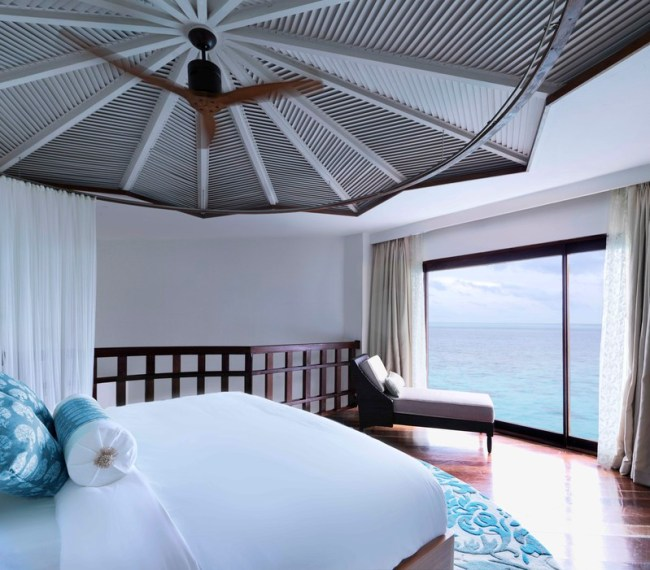 Jumeirah_Vittaveli_-_Ocean_Suites_with_Pool_Bedroom