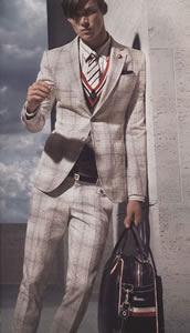10 Top Male International Supermodels:Mat Gordon
