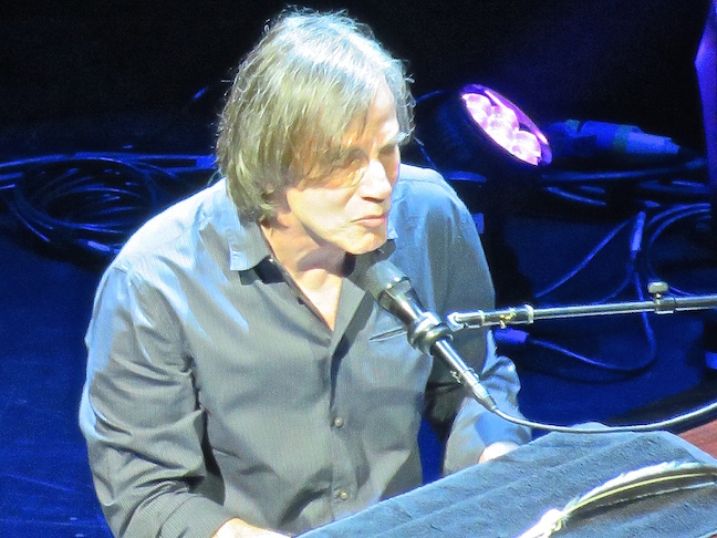 JACKSON BROWNE PLAYS FT. LAUDERDALE