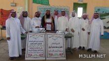 مدرسة الجفن تكرم مراسلها المتقاعد شعبان محمد الريثي