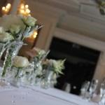 Donner un nom à chacune des tables des invités lors d'un mariage