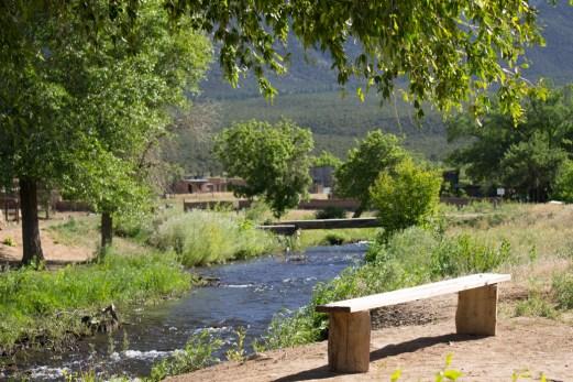 La rivière sacrée de Taos Pueblo - Nouveau Mexique