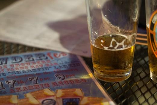 Boire une bière - Milky Way Jamaica Plain
