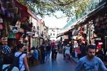 Istanbul: Der große Basar, viele Teppiche und viel Ramsch