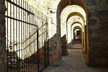 Pergamon: Keine Gassen führen durch die ehmaligen Gebäude