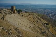 Pergamon: Das frühere Theater mit Panoramablick auf die Ebene