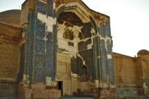 Tabriz: Nur noch das übrig gebliebene Portal erinnert an die ehemalige Pracht der blauen Moschee
