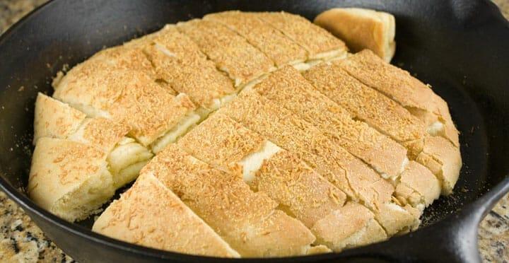 Cast Iron Breadsticks