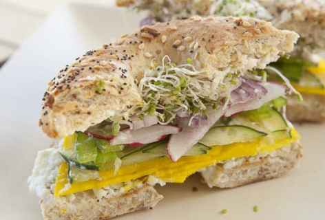 Big Veg Bagel Sandwiches