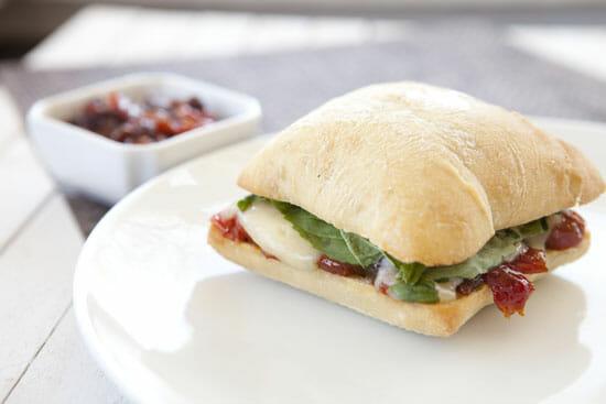 yum - Tomato Brie Sandwich
