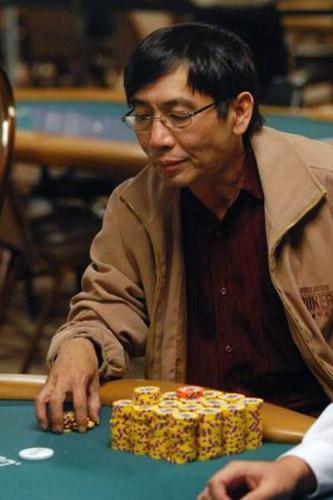 Chau Giang Poker