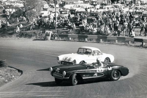 1957 Corvettes oversteer