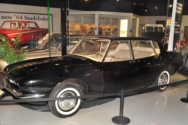 1962 Studebaker Pichon-Parat notchback concept