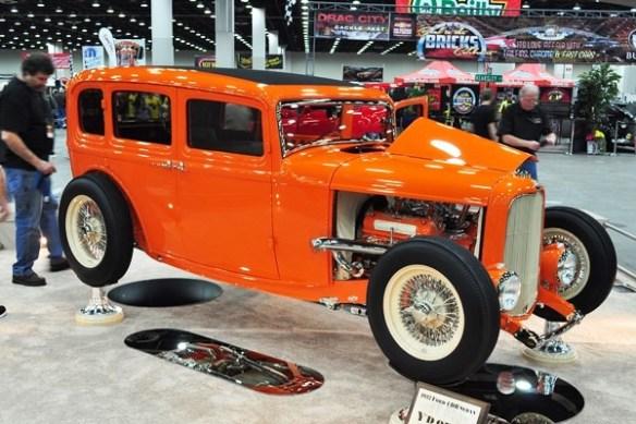 1932 Ford Fordor Highboy Don and Carolon Smith Mansfield TX