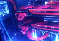 AMD Radeon HD 7990 (Malta) fotografiada en CrossFireX