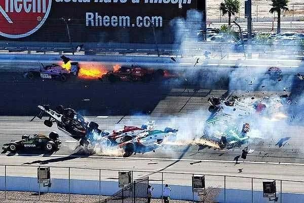 Las Vegas Indy 300 Crash – Dan Wheldon Dies