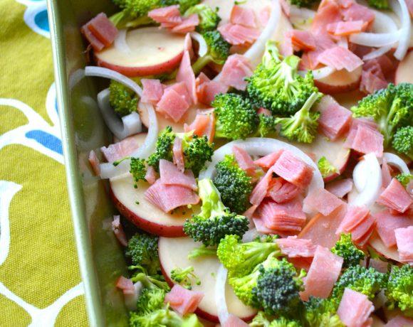 Creamy Potato, Broccoli, and Ham Bake
