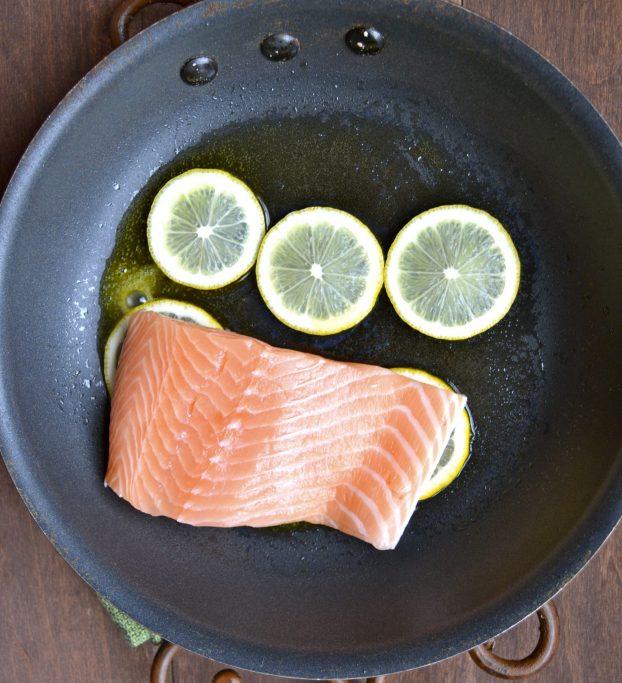 Chili Garlic Salmon and Broccoli Bowls