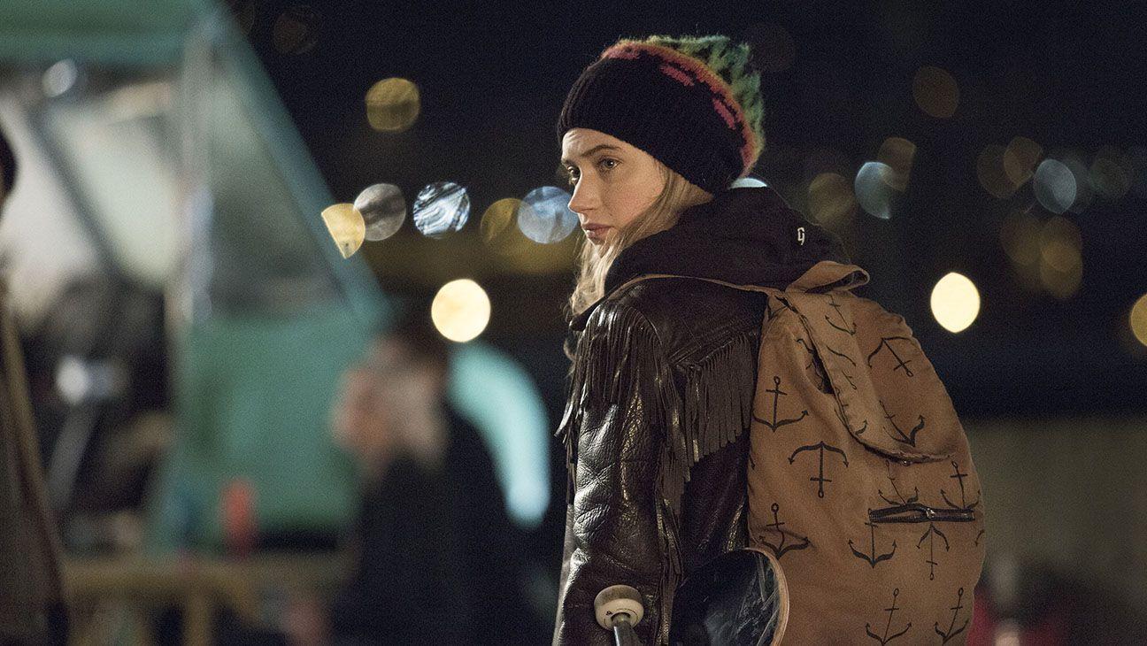 Imogen Poots as Kelly Ann in Roadies (Pilot).- Photo: Katie Yu/SHOWTIME - Photo ID: Roadies_Pilot101_4171