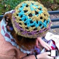 Carciofo: un semplicissimo cappellino a maglia