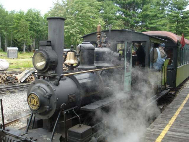steaming engine at the station