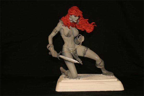 Red-Sonja-Hughes-Statue-1.jpg