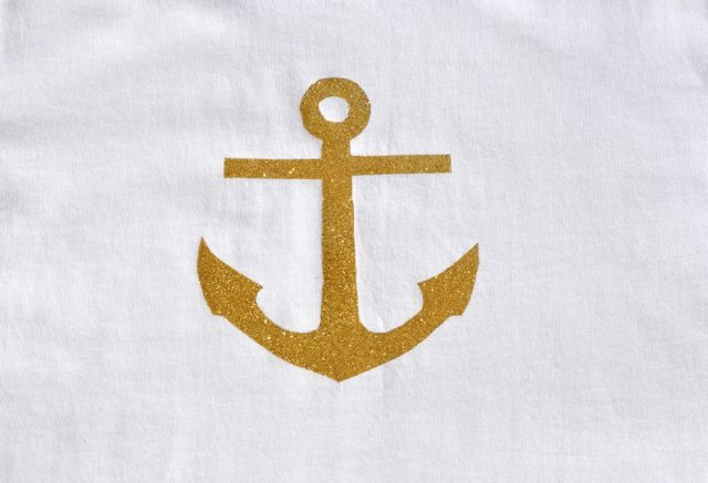 DIY Gold Anchor