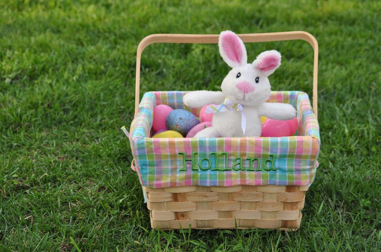 our annual easter egg hunt make life lovely