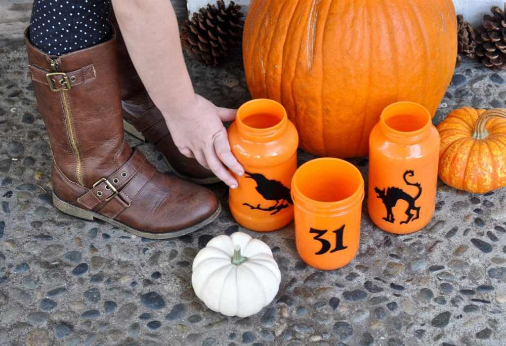 DIY Halloween Candles Tutorial