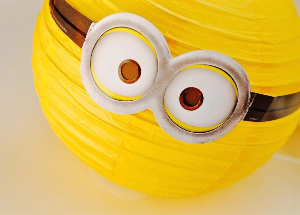 DIY Minions Paper Lanterns Decorations