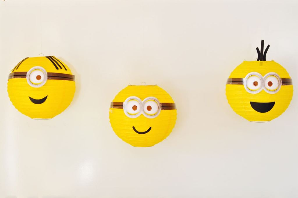 Easy DIY Minions Paper Lantern Party Decorations