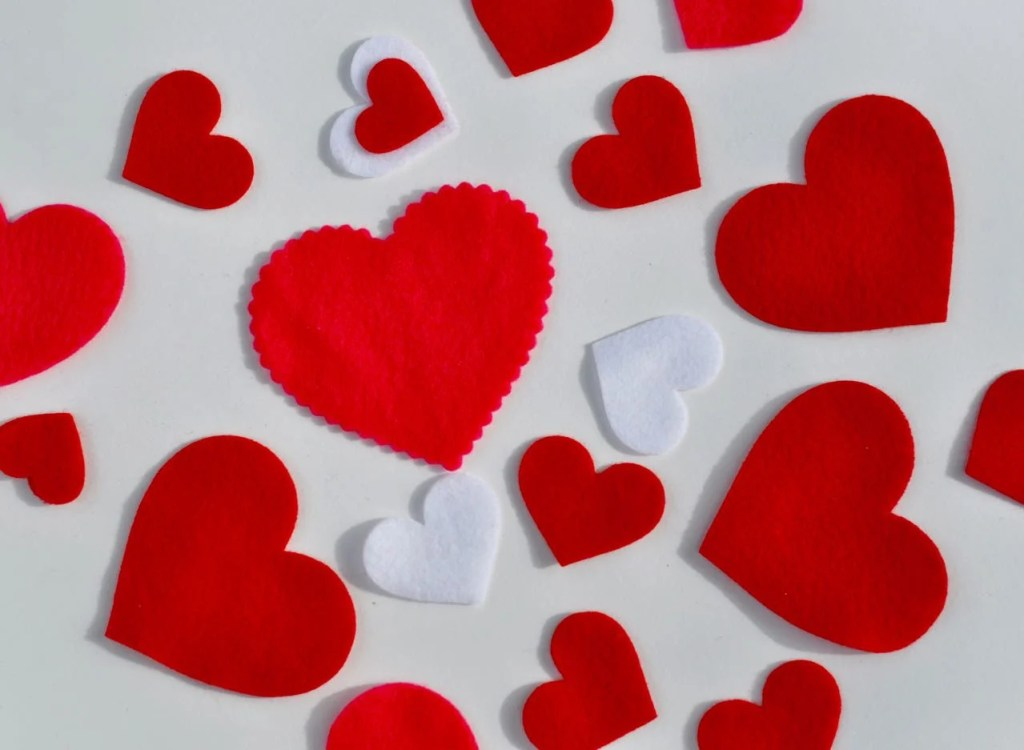 Heart mobile tutorial with Sizzix