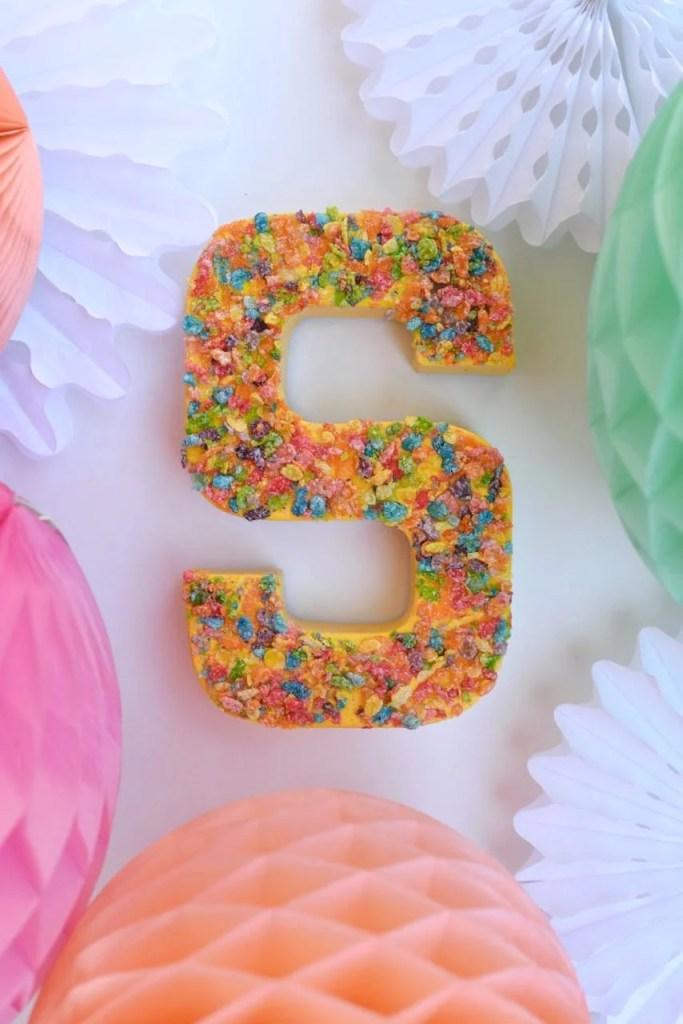 Cardobard letter party decoration. Fun idea!