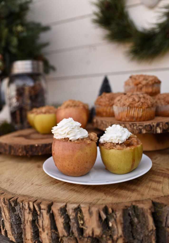 Apple pie baked inside apples. Genius holiday dessert idea!