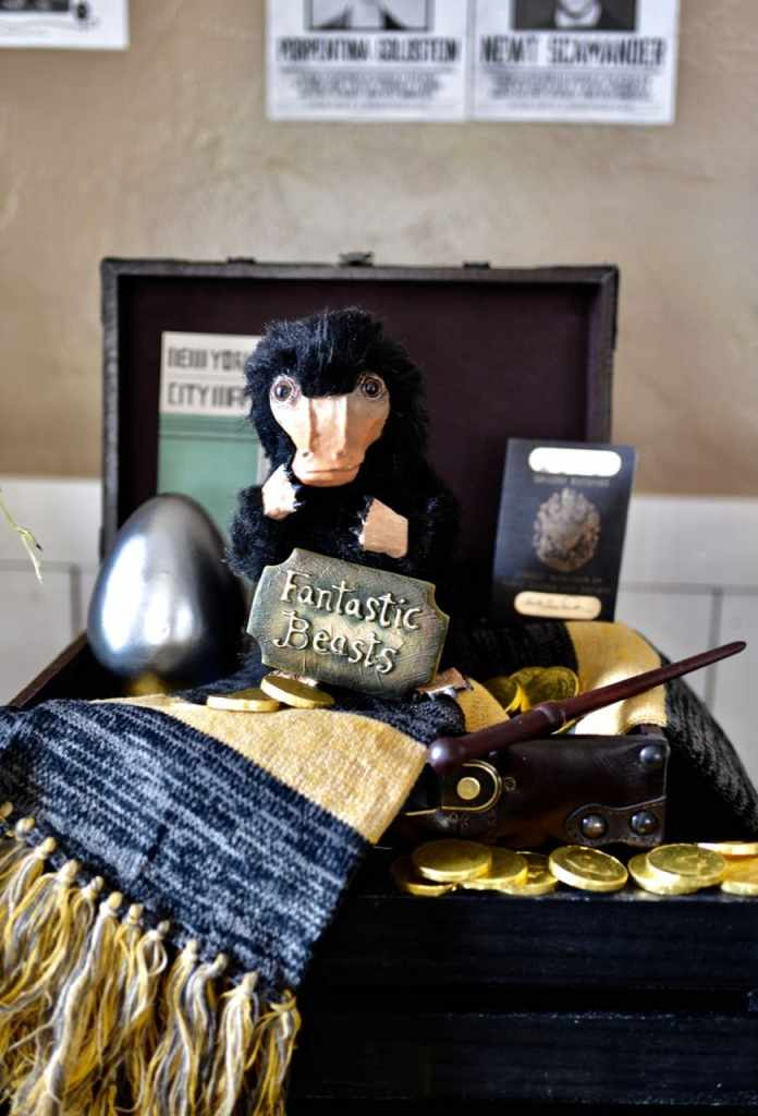 Fantastic Beasts and Where to FInd Them party with DIY niffler